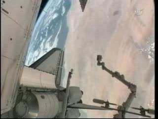 MPLM w ładowni promu Atlantis / Credits - NASA TV