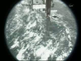 Oblot dookoła ISS - 09:35 CEST / Credits - NASA TV