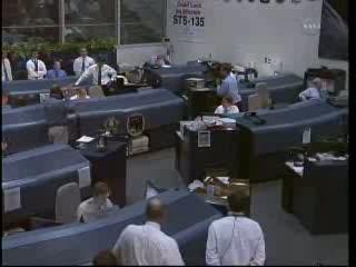 Kontrola misji kończy pracę - godzina 12:56 CEST / Credits - NASA TV