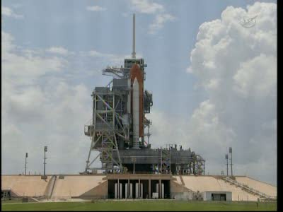 Aktualny (21:48 CEST) podgląd na stanowisko startowe LC-39A z wahadłowcem Atlantis / Credits: NASA