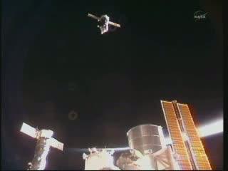 Sojuz TMA-02M zbliża się do ISS - 09.06.2011 / Credits - NASA TV