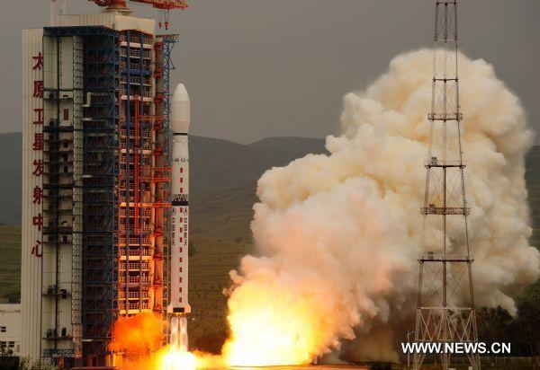 Start CZ-4B z satelitą HY-2A / Credits: Xinhua