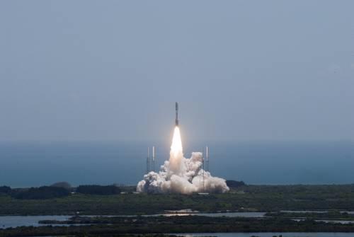 Start rakiety Atlas V ze sondą Juno / Credits: NASA