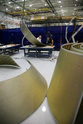 Początkowe etapy produkcji kapsuły Dragon do trzeciej misji zaopatrzeniowej na ISS / Credits - SpaceX