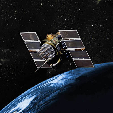 Satelita serii GPS IIA na orbicie okołoziemskiej - wizja artystyczna / Credits: USAF, Boeing
