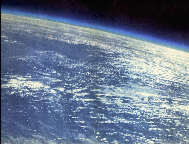 Zdjęcie Ziemi wykonane z pokładu Wostoka 2
