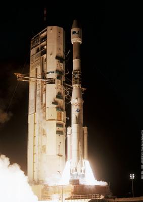 Rakieta nośna Ariane-44LP / Credits: ESA, CNES, Arianespace