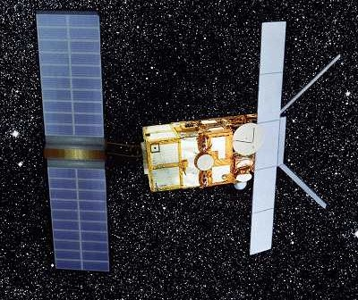 ERS-2 w przestrzeni kosmicznej - wizualizacja / Credits: ESA