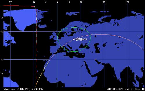 Trajektoria orbity satelity UARS, z przejściem w pobliżu Polski o godzinie 21:37 CEST (Orbitron)