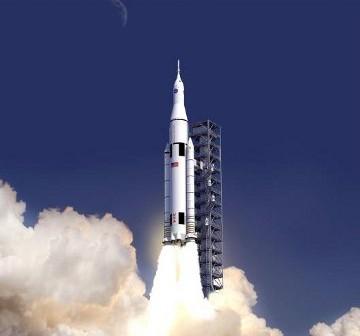 Rakieta SLS, za pomocą której wyniesione zostałyby komponenty stacji na L2 układu Ziemia - Księżyc / Credits - NASA