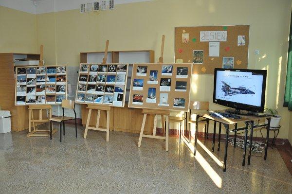 Wystawa serwisu Kosmonauta.net na II Pogórzańskich Atrakcjach Naukowych / Credits - Mirosław Rżąca