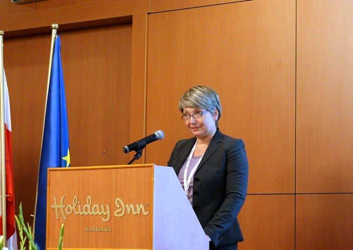 Prelekcja Sylvie Kainz-Huber, zastępczyni kierownika biura polityki kosmicznej i koordynacji  w departamencie przedsiębiorczości Komisji Europejskiej / Credits: Kosmonauta.net