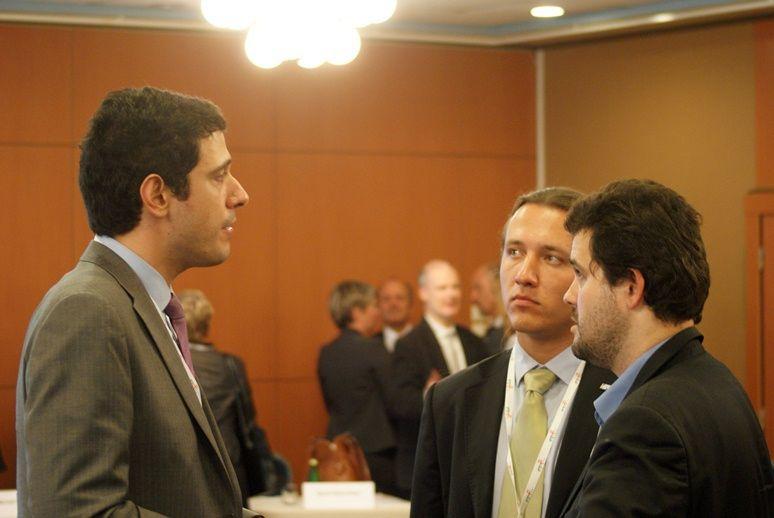Przedstawiciel Kosmonauty.net, Michał Moroz, w rozmowie ze Spyrosem Pagkratisem z European Space Policy Institute / Credits: Kosmonauta.net