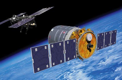 Pojazd Cygnus zbliża się do ISS / Credits - Orbital