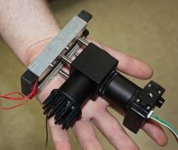 Analizator DNA, opracowany w Louisiana Tech University. Być może stanie się elementem normalnego oprzyrządowania załogi w trakcie dalekich misji kosmicznych. Credit: Louisiana Tech University