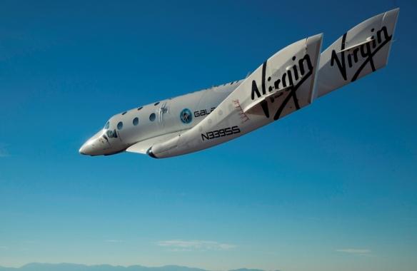 Samolot rakietowy SpaceShipTwo w samodzielnym locie / Źródło: Virgin Galactic