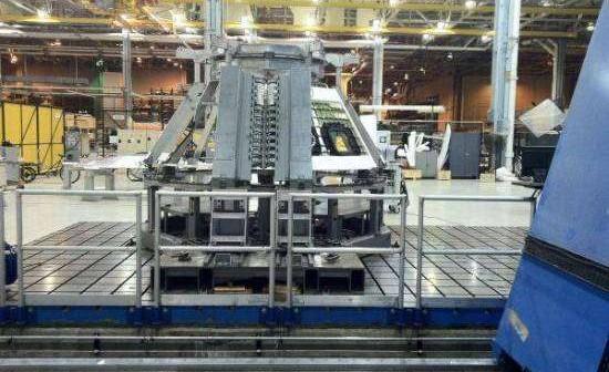Budowanie pierwszego operacyjnego statku MPCV Orion, który poleci na orbitę za 2 lata, rozpoczęło się od spawania elementów konstrukcyjnych w zakładach MAF 9 września 2011 roku. Po zakończeniu prac w MAF szkielet zostanie wysłany do Kennedy Space Center na Florydzie, gdzie zostanie zainstalowana osłona termiczna / Credits: NASA