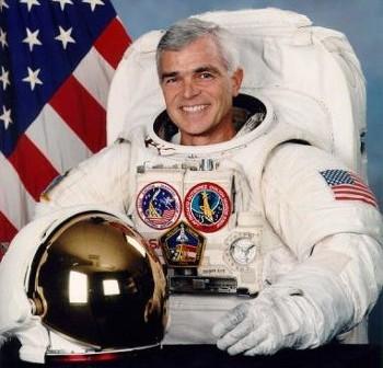 Astronauta Clifford / Credits - NASA