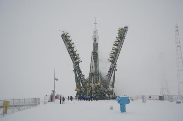 Rakieta Sojuz-FG ze statkiem Sojuz TMA-22 na wyrzutni / Credits: RKK Energia