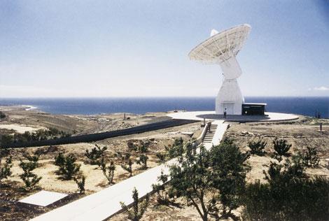 Antena paraboliczna stacji naziemnej w Maspalomas / Credits: ESA