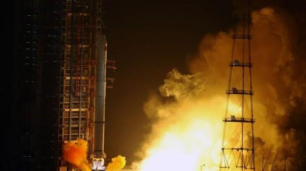 Start rakiety Długi Marsz 2C z satelitą Yaogan-13 / Credits: YanYan/Xinhua News