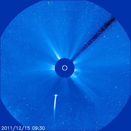 Godzina 10:30 CET / Credits - NASA, ESA, SOHO