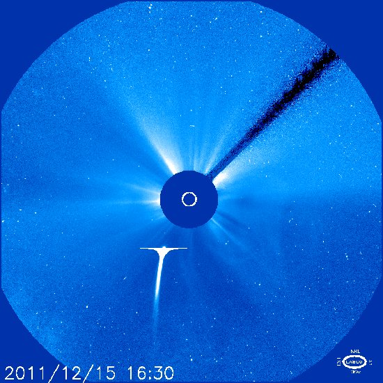 Godzina 17:30 CET / Credits - NASA, ESA, SOHO