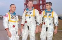 Załoga Apollo 1: od lewej Virgil Grissom, Edward White i Roger Chaffee / Źródło: NASA