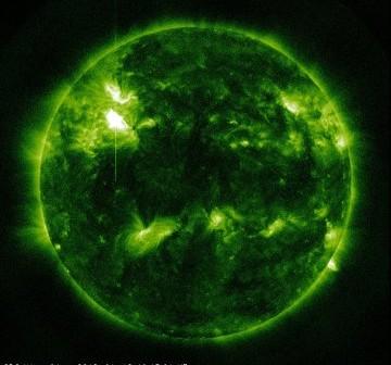 Godzina 20:15 CET - trzy minuty po fazie maksymalnej rozbłysku / Credits - NASA, SDO