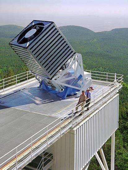 Teleskop obserwatorium APO wykorzystywany w ramach APOGEE  /  Wikipedia