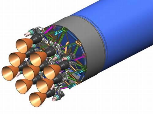 Klaster 9 silników Merlin-1C na pierwszym stopniu / Credits: SpaceX