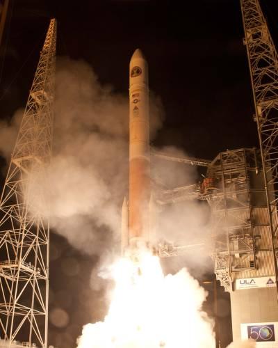 Start rakiety Delta 4 z satelitą WGS-4 / Credits: ULA