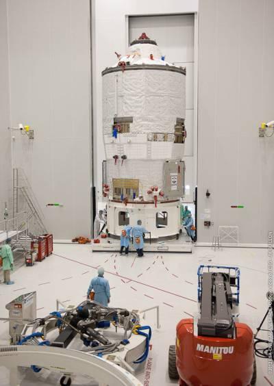 ATV-3 podczas przygotowań do lotu / Credits: ESA
