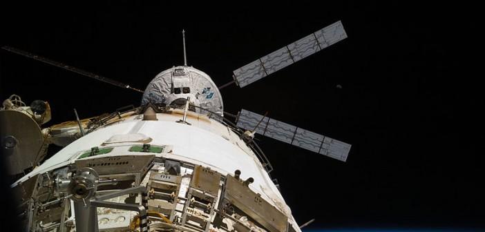 ATV-2 'Johannes Kepler' dokuje do modułu 'Zwiezda' Międzynarodowej Stacji Kosmicznej, 24 lutego 2011 / Credits: NASA