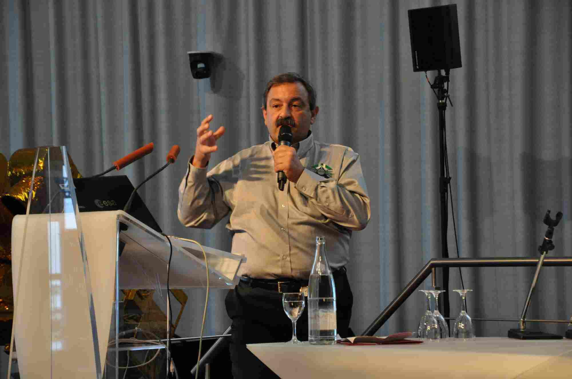 Massimo Cislaghi, ESA ATV-3 Mission Manager podczas prezentacji programu/Credits: Jaroslaw Jaworski