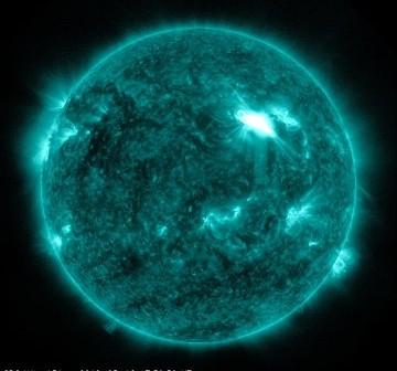 Tuż po fazie maksymalnej rozbłysku z 10 marca 2012 / Credits - NASA, SDO