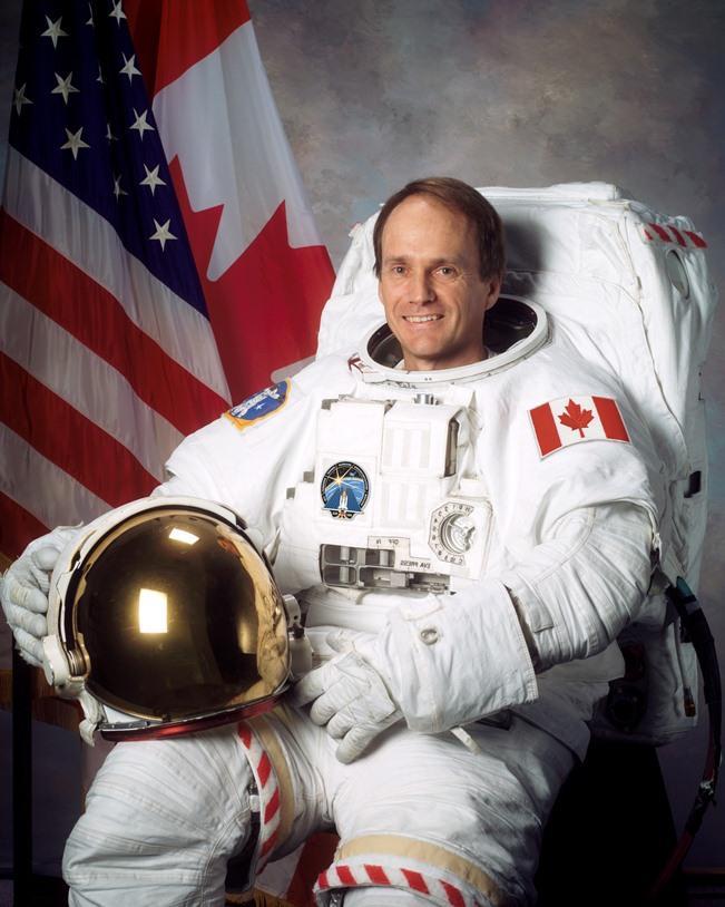 Steve MacLean jako astronauta misji STS-115 / Credits: NASA