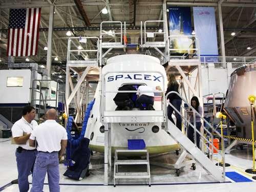 Model inżynieryjny kapsuły Dragon, na którym przeprowadzono testy / Credit: SpaceX