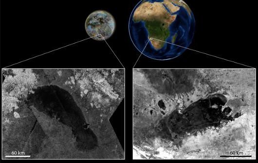 Zdjęcie przedstawia jezioro Ontario Lacus na Tytanie (po lewej) oraz Etosza, w Namibii (po prawej). Między tymi zbiornikami występują podobieństwa, geneza ich istnienia jest najprawdopodobniej taka sama. Różnią się tylko wypełniającymi je cieczami. W przypadku Ziemi, płynem jest woda. Na Tytanie - węglowodory (etan, metan, propan). (Credits: Zdjęcie radarowe Cassiniego JPL/NASA. Zdjęcie radarowe Envisat ESA. Połączenie zdjęć: LPGNantes)
