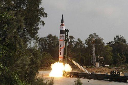 Start rakiety Agni-V / Credits - Indyjskie Ministerstwo Obrony