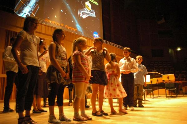 Laureaci konkursu na Najlepszy Blog Naukowy w Polsce podczas II Międzynarodowej Konferencji Naukowca 1 czerwca 2011 roku / Credits: Polska Akademia Dzieci, Ewa Międzobrodzka