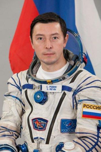 Siergiej Rewin, 15 maja ma udać się po raz pierwszy w przestrzeń kosmiczną na pokładzie statku Sojuz TMA-04M / Credtis: RKA