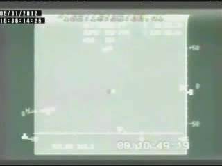Statek Dragon pod spadochronem pilotującym / Credits: NASA TV