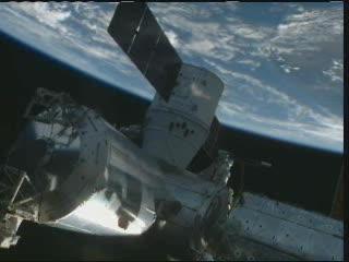 10:09 CEST - chwilę po uwolnieniu Dragona / Credits - NASA TV