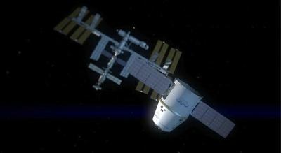 Wizja prywatnego statku Dragon pod Międzynarodową Stacją Kosmiczną / Credits: NASA, SpaceX