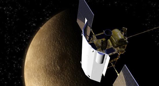 MESSENGER na orbicie Merkurego / Credits: NASA