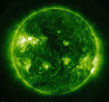 Końcowe fazy rozbłysku klasy M3.3 z 3 czerwca 2012 / Credits - NASA, SDO