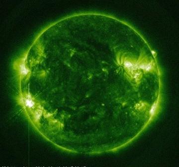 Widok Słońca 2 minuty po fazie maksymalnej rozbłysku z 10 czerwca 2012 / Credits - NASA, SDO
