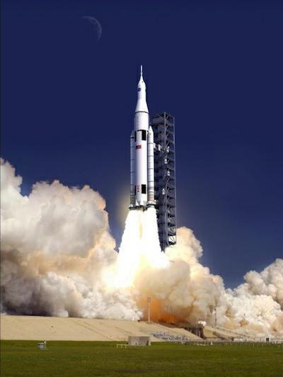 Artystyczna wizja startu rakiety SLS / Credits: NASA