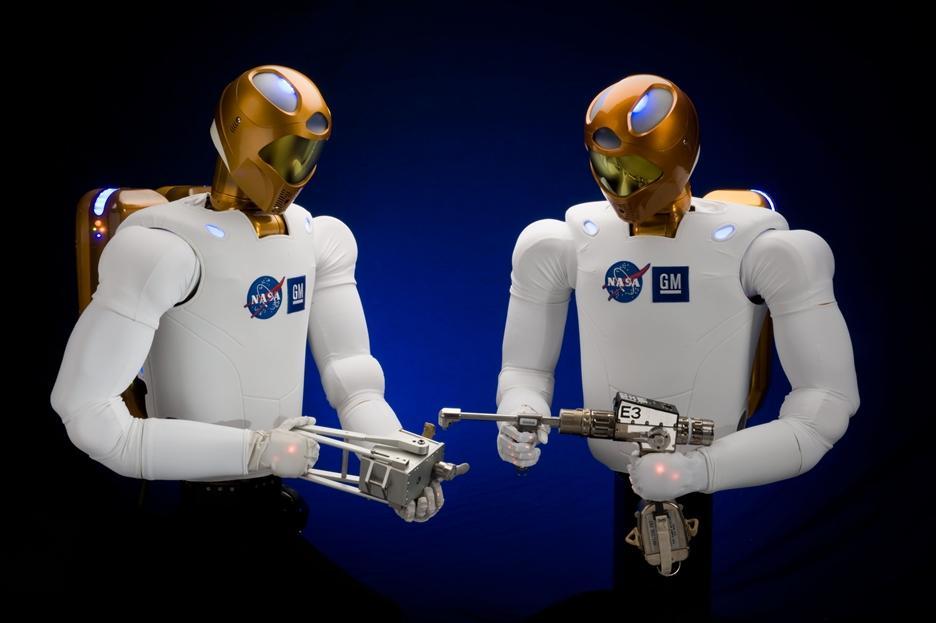 Robonaut-2 – robot do prac w przestrzeni kosmicznej stworzony wspólnie przez NASA i General Motors.